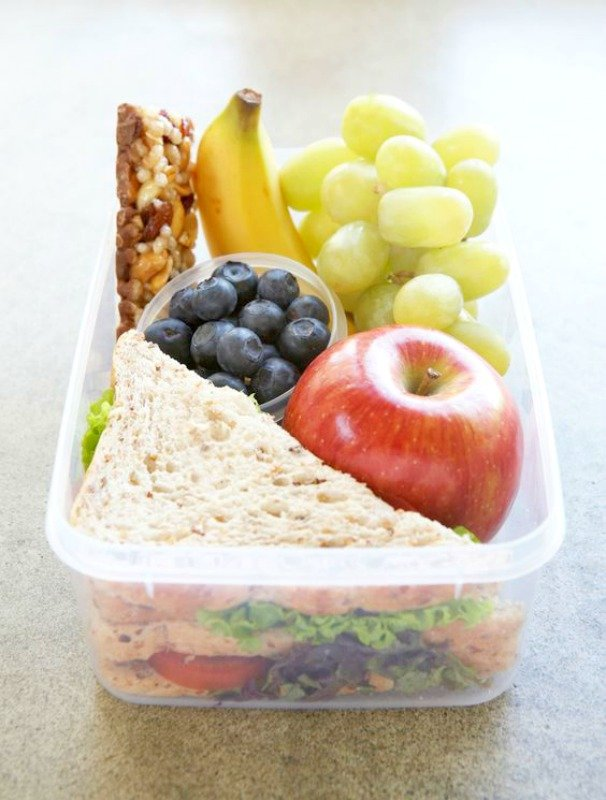 school-lunch-tips-for-busy-moms