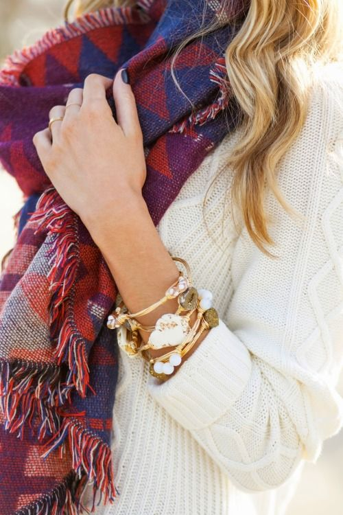 how to wear your fall scarves