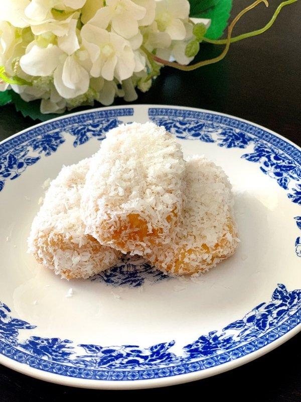 Vegan Coconut Syrup Buns recipe - Ioanna's Notebook  #vegan #recipe #dessert #coconut #greekrecipe #greekfood