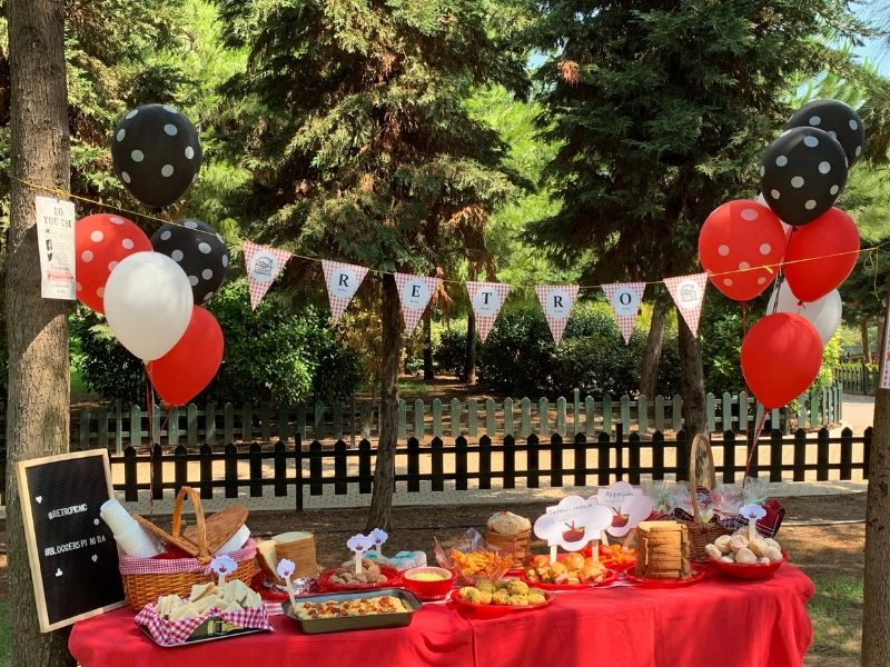 Blogger Retro Picninic day: Ένα ημερήσιο picnic party ανάμεσα σε αγαπημένες bloggers και τις οικογένειές τους