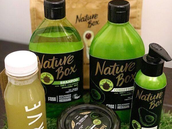 """Η νέα σειρά Nature Box σας καλεί να κάνετε """"Unbox"""" τα καλύτερα συστατικά της φύσης για πλούσια μαλλιά, που λάμπουν από υγεία!"""