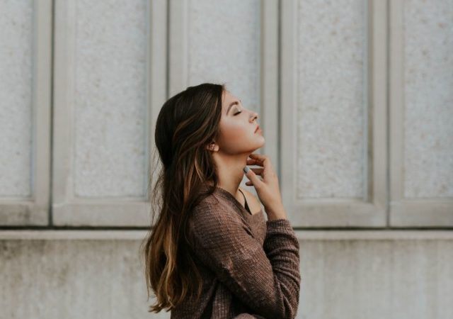 2020 Beauty Resolutions - 3+1 Εύκολοι στόχοι ομορφιάς που θα βελτιώσουν τόσο την εμφάνισή μας όσο και τη διάθεσή μας.