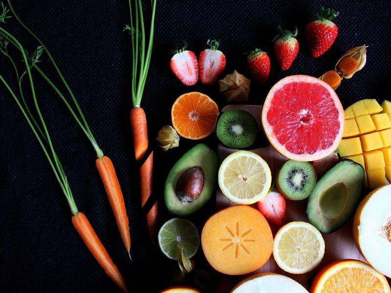 Τα φρούτα και τα λαχανικά του Φεβρουαρίου μαζί με προτάσεις για να τα απολαύσετε. Γιατί είναι σημαντικό να ακολουθούμε την εποχικότητα στη διατροφή.