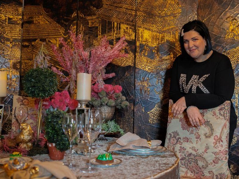 Μια εντυπωσιακή φωτογράφηση στον ιστορικό χώρο της Achaia Clauss στην Πάτρα πραγματοποίησε η βραβευμένη designer και Event Planner Άννα-Μαρία Ρογδάκη.