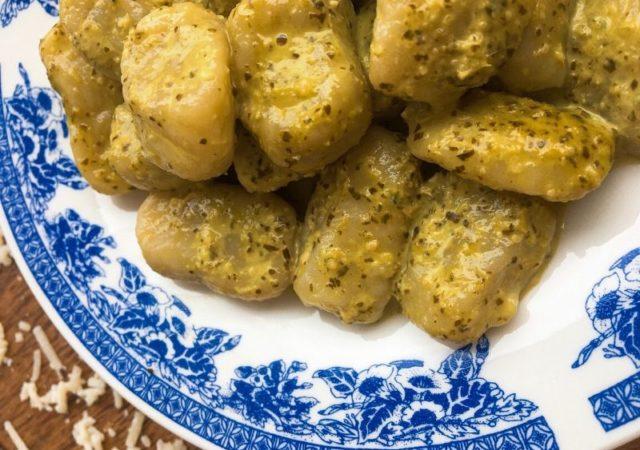 Εύκολα, σπιτικά νιόκι πατάτας - Απολαύστε ένα πιάτο λαχταριστά, πεντανόστιμα νιόκι πατάτας που θα φτιάξετε σε ελάχιστο χρόνο με τα χεράκια σας.
