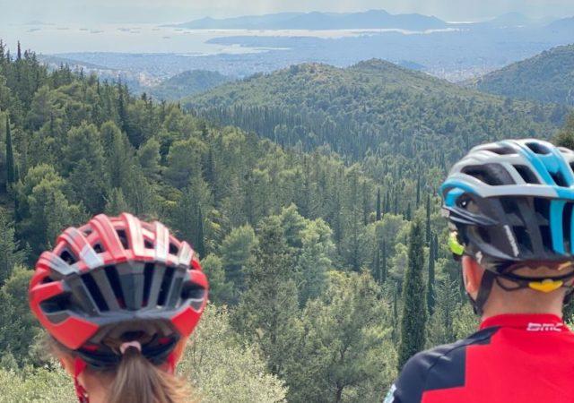 Βασικοί κανόνες για το ποδήλατο για να έχετε τόσο εσείς όσο και τα παιδιά σας σωστή συμπεριφορά και μέγιστη ασφάλεια όταν βρίσκεστε πάνω στο ποδήλατο.