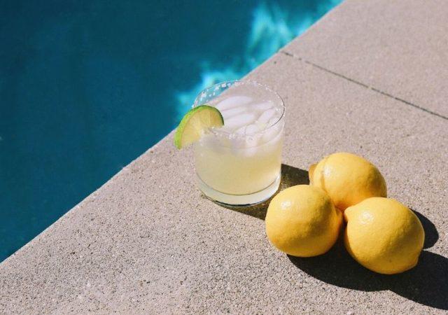 3 εύκολοι τρόποι για σπιτική λεμονάδα - Τι καλύτερο από μια δροσερή σπιτική λεμονάδα που θα μας δροσίσει τις καυτές καλοκαιρινές ημέρες;