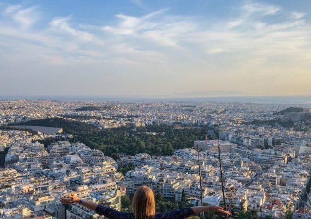Staycation στην Αθήνα - 10 τρόποι για να κάνετε διακοπές στην Αθήνα, στο σπίτι σας και να περάσετε ένα καλοκαίρι που θα σας μείνει αξέχαστο.
