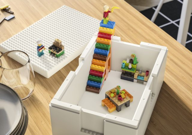 Η ΙΚΕΑ® και η LEGO® παρουσιάζουν τη νέα σειρά BYGGLEK. Μία μοναδική σειρά που συνδυάζει το παιχνίδι με έξυπνες αποθηκευτικές λύσεις.
