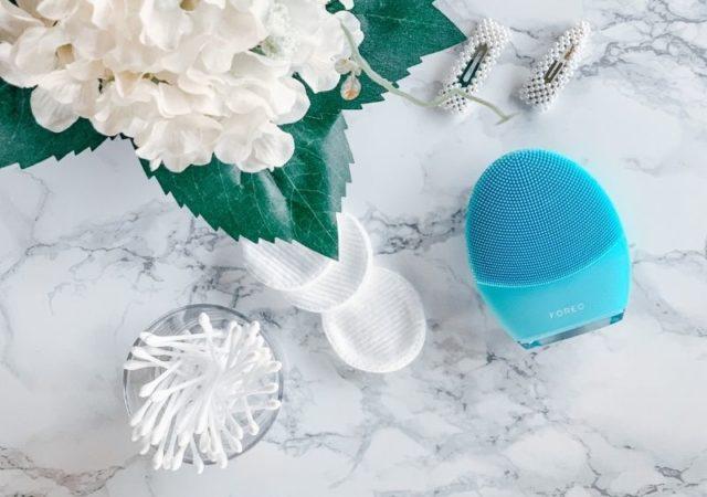 FOREO LUNA 3 Η ηχητική συσκευή καθαρισμού προσώπου, η οποία προσαρμόζεται στις ανάγκες του χρήστη και προσφέρει customized περιποίηση.