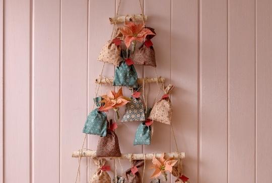 DIY Advent Calendar με Αλεξανδρινό. Ένα χειροποίητο ημερολόγιο όπου κάθε μέρα του μας φέρνει λίγο πιο κοντά στα Χριστούγεννα!