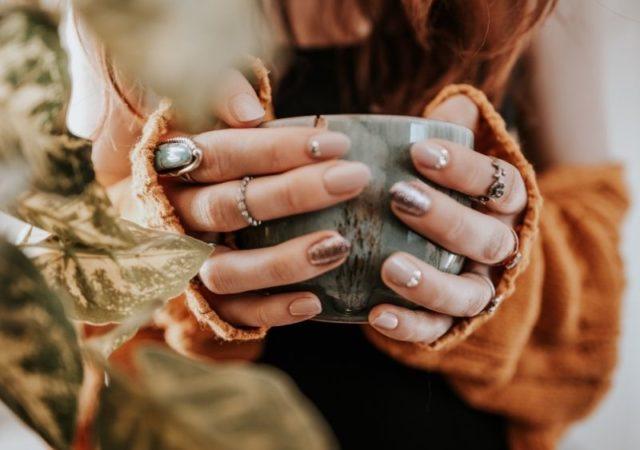 Νύχια Φθινόπωρο 2020 - Τάσεις Επιλέξτε τα χρώματα και τις τάσεις που σας εκφράζουν και δημιούργηστε το δικό σας ξεχωριστό στυλ.