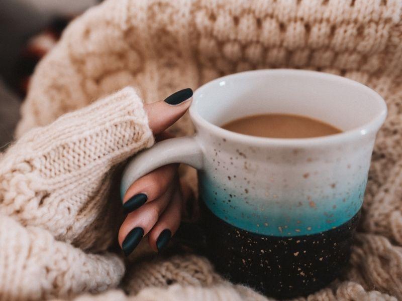 Νύχια Φθινόπωρο 2020 - Τάσεις & Χρώματα - Όλα όσα θέλετε να μάθετε για τα trends και τα πιο hot χρώματα της σεζόν.