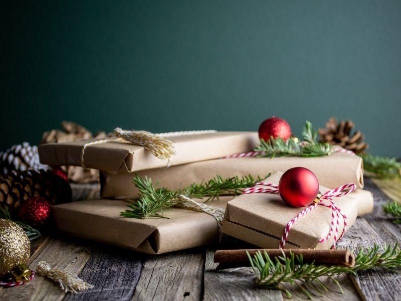 Υπέροχα πακέτα δώρων Schwarzkopf Professional, σχεδιασμένα για εσάς και τα αγαπημένα σας πρόσωπα! Το πιο όμορφο και λαμπερό δώρο!