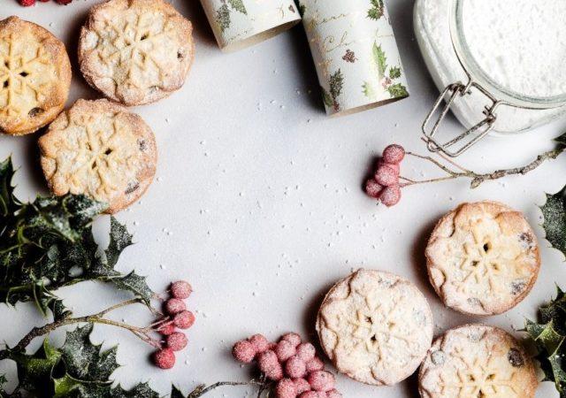 Μικρά μυστικά για πετυχημένα γιορτινά γλυκά - Πέρα από την αγάπη και την δεξιοτεχνία, υπάρχουν και κάποια μικρά μυστικά για πετυχημένα γλυκά.