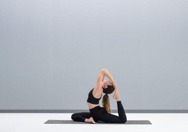 Η Oysho παρουσιάζει το Oysho Yoga Challenge. Μια 10ήμερη πρόκληση γιόγκα, σχεδιασμένη από τη δασκάλα της γιόγκα Irene Alda, όπου θα εξασκήσετε δέκα διαφορετικές στάσεις για όλα τα επίπεδα.