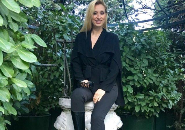 Get the Look: Έλενα Ντάβλα - Η υψηλή ποιότητα και το μοναδικό στυλ υποδημάτων αποτελούν κριτήρια για την επιλογή Wonders Shoes.
