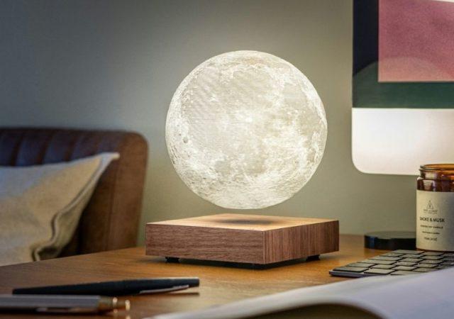 Ενσωματώστε σε καθημερινά αντικείμενα την σύχρονη τεχνολογία και ανανεώστε την διακόσμηση του σπιτιού σας με τα προϊόντα της Gingko Design.
