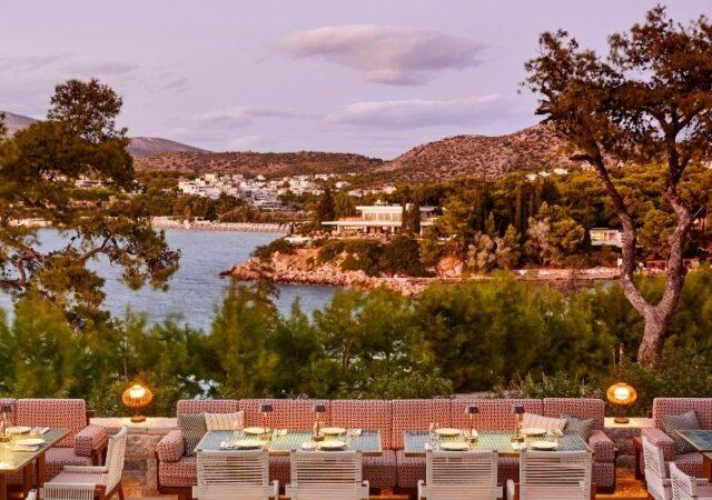 To Beefbar Athens επιστρέφει δυναμικά στην Αθηναϊκή Ριβιέρα, έτοιμο να συστήσει στο κοινό το ανανεωμένο brunch και το νέο lunch menu.