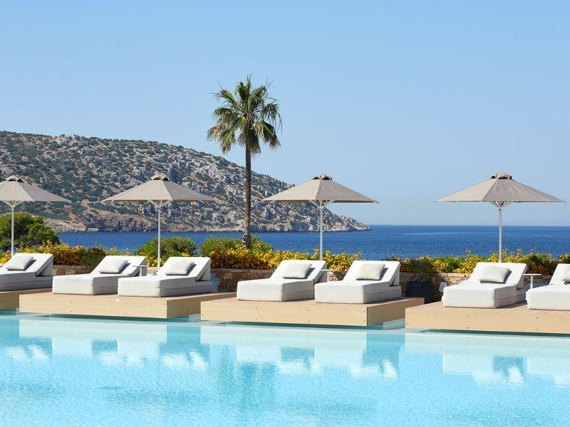 Απόδραση στο EverEden Beach Resort & Spa Ανακαλύψτε τις πολυτελείς εγκαταστάσεις και τη βραβευμένη παραλία στην καρδιά της Αθηναϊκής Ριβιέρας