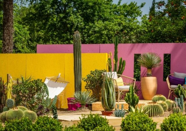 Ανθοκομική Έκθεση Κηφισιάς - Κήποι από 9 χώρες κοσμούν το Άλσος Κηφισιάς σε μια πανδαισία χρωμάτων και αρωμάτων.