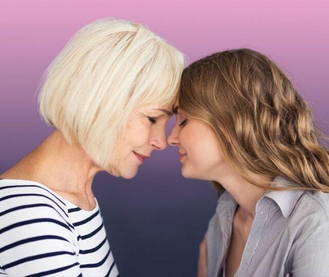 Χαρίστε στην μητέρα σας όλη την αγάπη με μοναδικά δώρα για τη Γιορτή της Μητέρας από τη FOREO, για επαγγελματική εμπειρία spa.