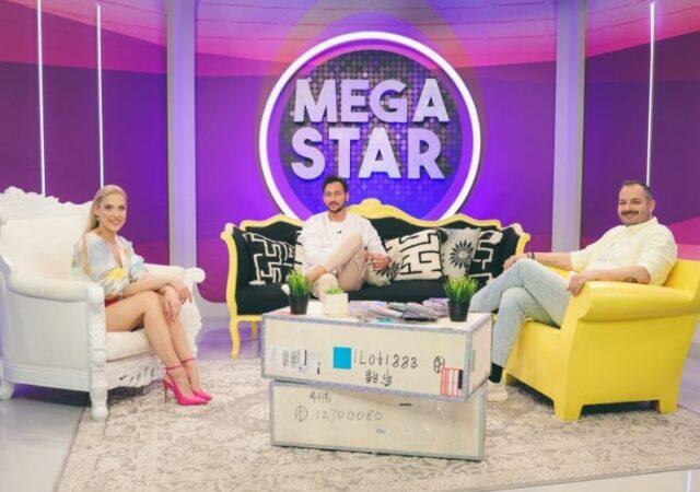 «MEGA STAR» το Σάββατο 8 Μαΐου η Μαντώ και ο Αντώνης υποδέχονται τον Πάνο Καλίδη.