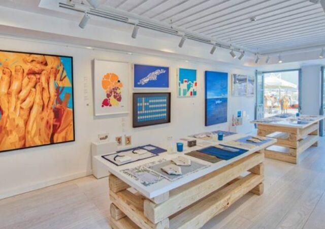 Νέο Art Store στην Ύδρα. Στο κοσμοπολίτικο νησί της Ύδρας, άνοιξε τις πόρτες του, το νέο κατάστημα MyCrown Art Collection.