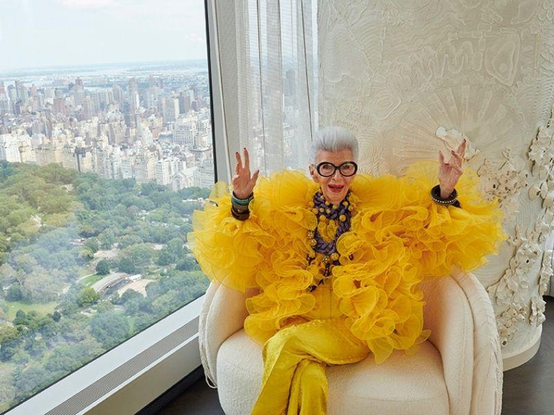 Νέα συλλογή Iris Apfel x H&M - Η H&M ανακοινώνει τη συνεργασία της με το Fashion Icon Iris Apfel για τα 100 χρόνια ζωής και έμπνευσης στυλ.